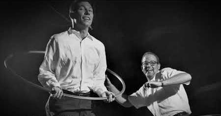 1950s: HULA HOOP