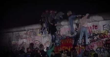 1980s: REAGAN BERLIN WALL