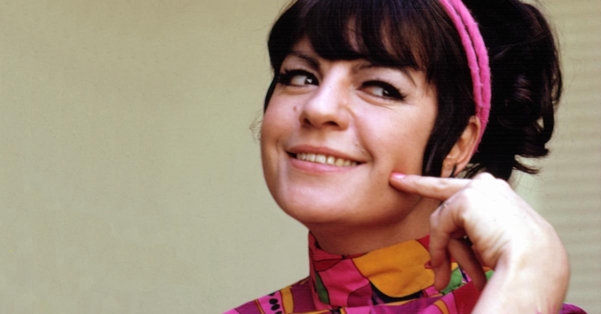 Interview Jo Anne Worley Talks Laugh In Nixon Chickens And More